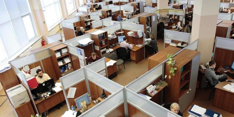 Russian_Office_Cubicles-800x533